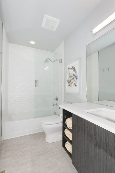 Gooden townhome bathrooms interior designer denver co for Bathroom remodel greenwood in